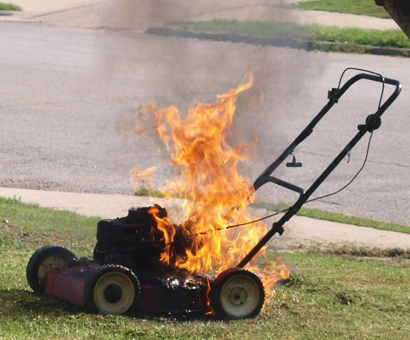 7 Reasons Lawnmowers Catch Fire 1