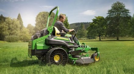 The pros and cons of a zero-turn mower