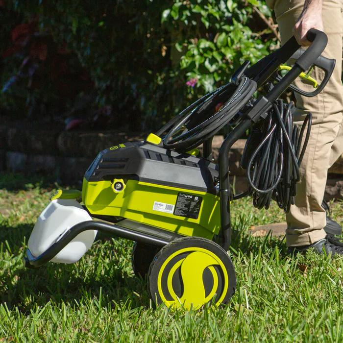 How Much Electricity Do Electric Pressure Washers Use? 2
