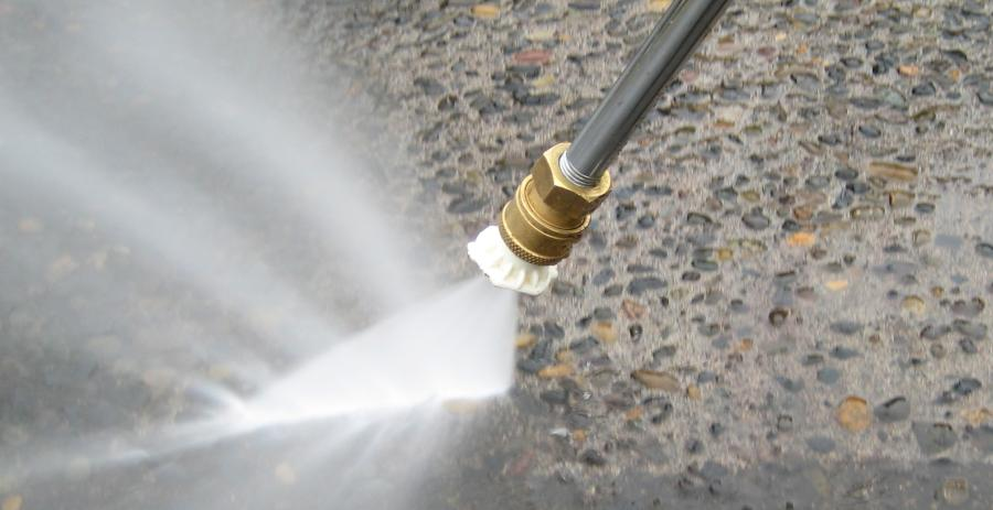 6 Dangers Of Pressure Washers: A Safety Guide 4