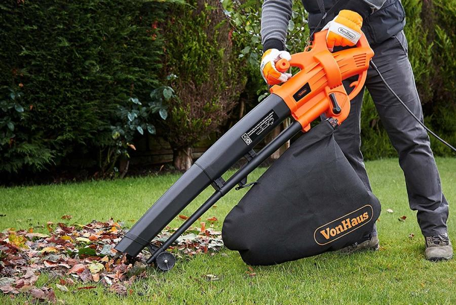 Are Cordless Leaf Blowers Any Good? 2