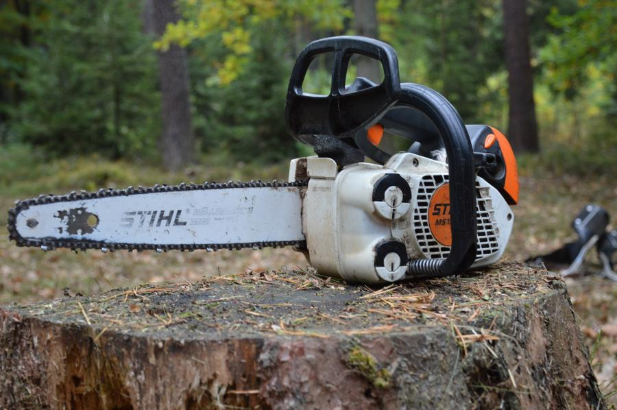 How to start a chainsaw  without a pull cord / Start with less muscle power 2