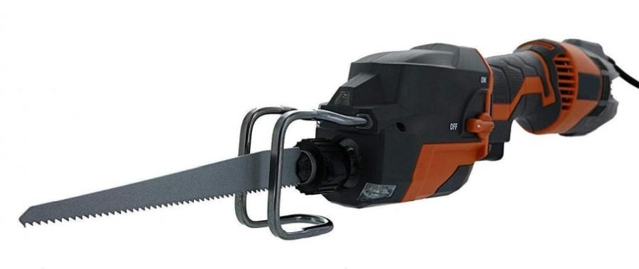 Electric chainsaw vs. reciprocating saw: What's the difference? 3