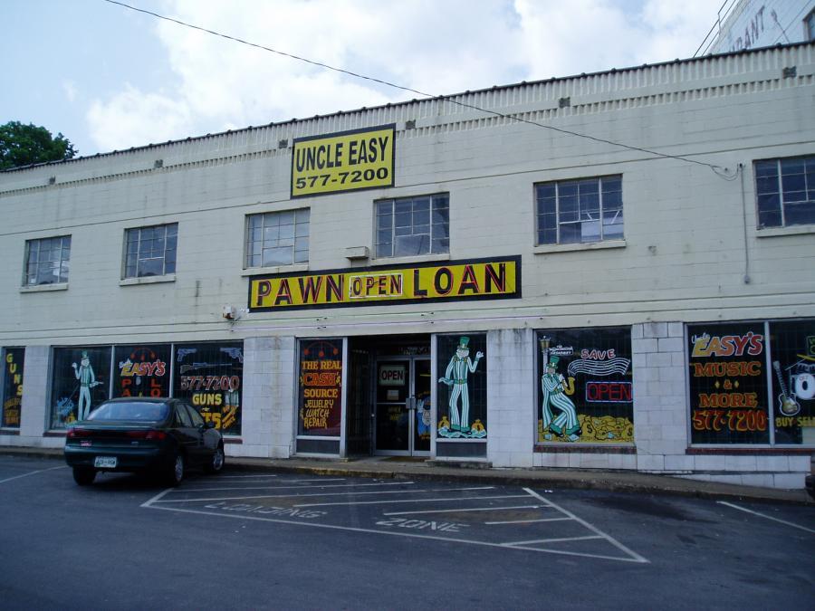 Do Pawn Shops Take Leaf Blowers? 2