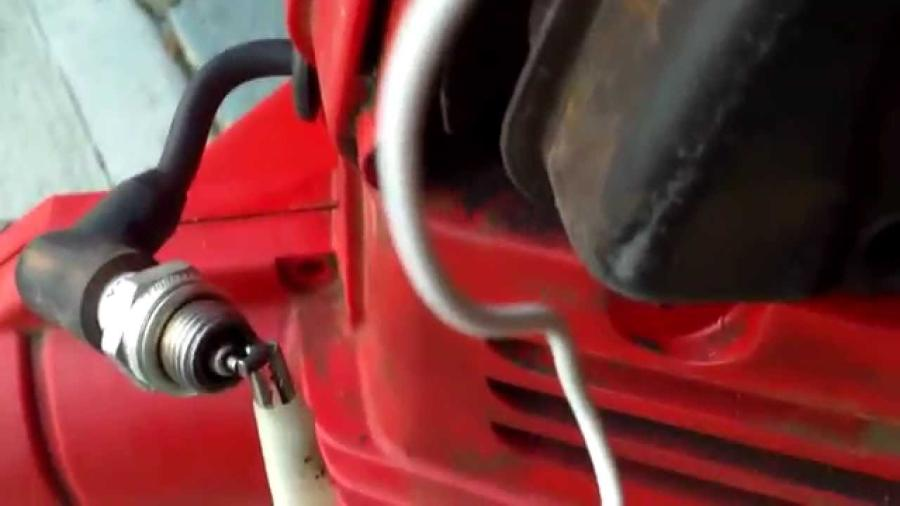 How to test the ignition coil on a leaf blower: a step-by-step guide 1