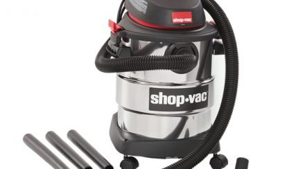 Leaf Blower Vs. Shop Vacuum: What Is The Difference Anyway?