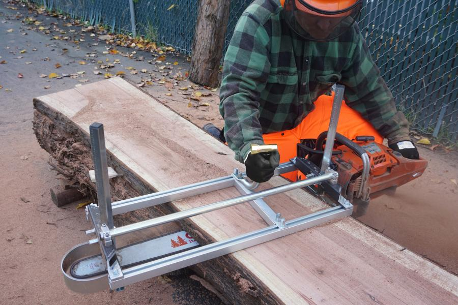 Chainsaw Mill vs. Bandsaw Mill: Which Is Better? 1