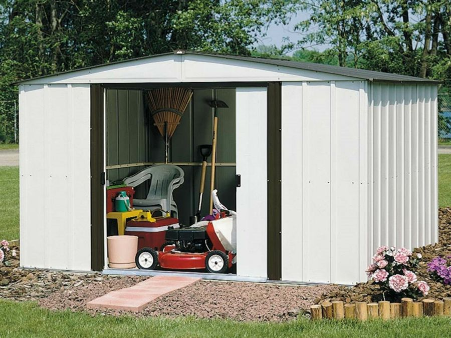A Lawn Mower Shed: These Are Your Options 3