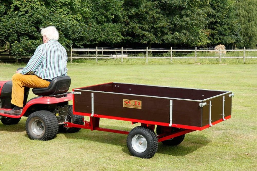 A lawnmower trailer: these are your transport options 2