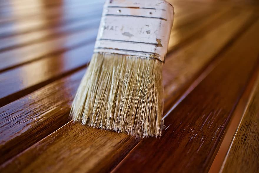 Best fast-drying oil for wood furniture: indoor and outdoor 1