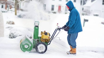 How much do snowblowers weigh?