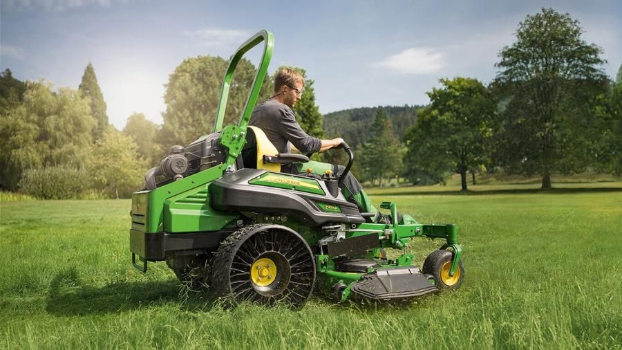 Lawn Mower Vs Lawn Tractor: What to Choose 1
