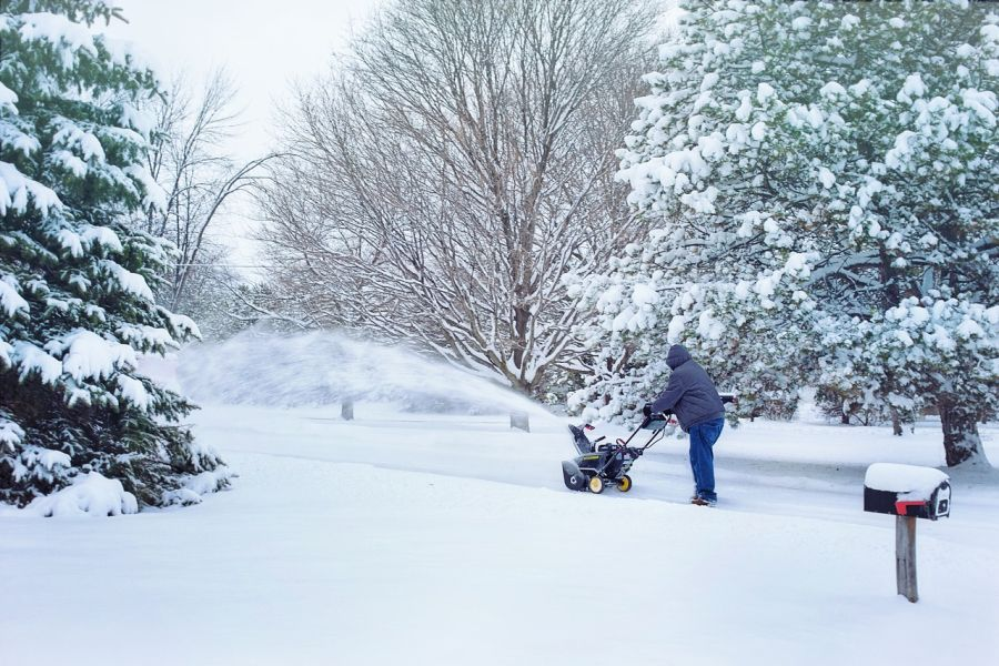 What budget snow blower brand is the best? We have compared them 2