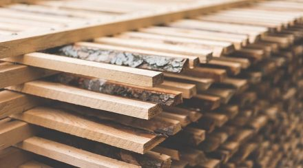 What is the kiln-dried wood moisture content?