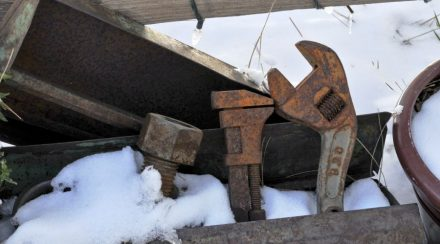 Prepare Your Garden Tools for The Winter