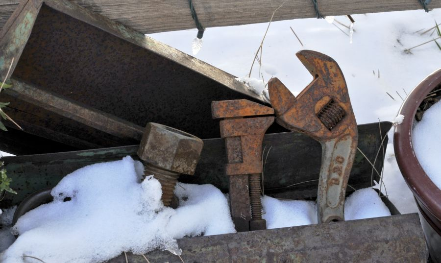 Prepare Your Garden Tools for The Winter 2