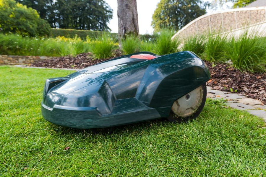 Prepare your Robot Lawnmower for the winter 1