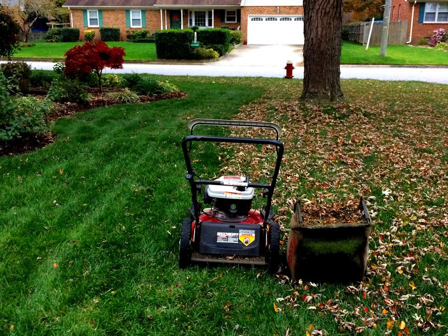 How to Start a Lawnmower 2