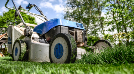 How to Winterize a Lawnmower