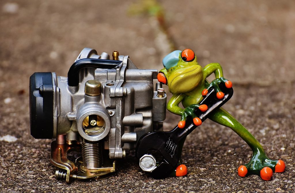 How to rebuild a lawnmower carburetor 2