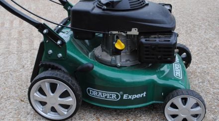 Lawnmower won't start when hot, what to do