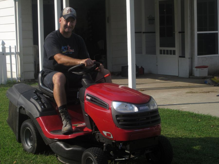 How to Start a Lawnmower with a Bad Starter? 2