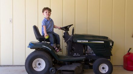 How to Remove the Deck from a Craftsman Riding Lawnmower, step by step