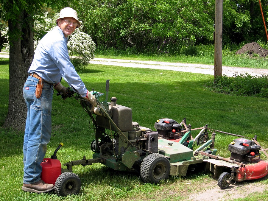 How many hours on a riding lawnmower is a lot? 1