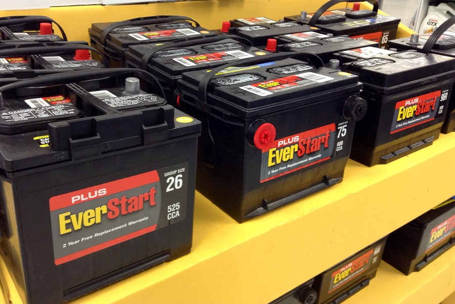 How to Install a Lawnmower Battery, step by step 1