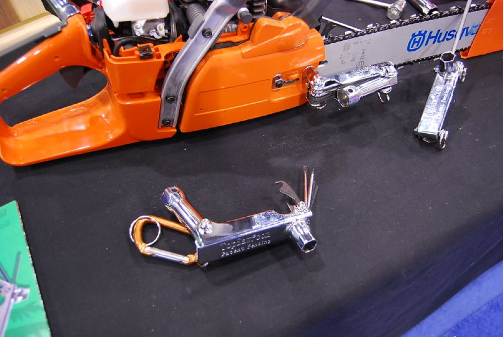 Chainsaw attachments. Tips from a professional 1